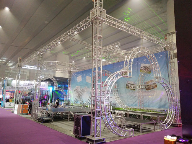 Exhibtion Booth Or Stage Lighting Truss , 290mm or 300mm Aluminum Square Bolt Truss